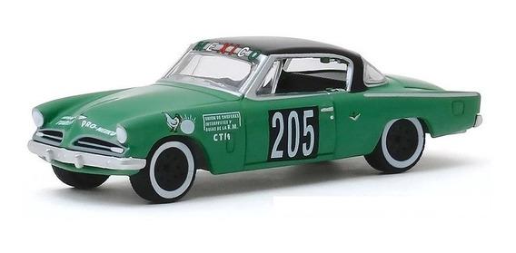 Greenlight Carrera 1953 Studebaker Commander Rally 205 1:64