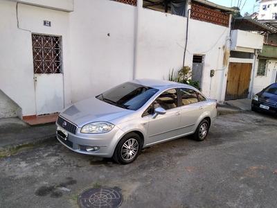 Fiat Linea Essence 1.8 Manual 2011/2012