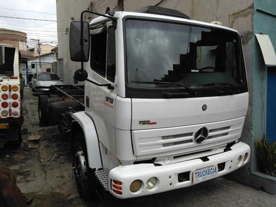 Mercedes Benz 1718 Ano 2011 Chassi R$ 79.000,00 Financio