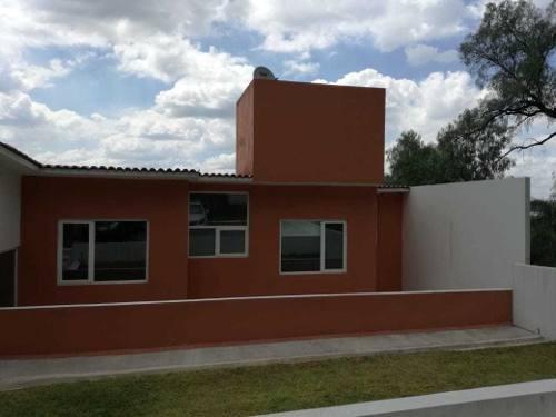 Bonita Casa En Venta En Tepej Del Rio