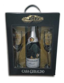 Kit Casa Geraldo Moscatel Espumante Com 2 Taças + Brinde!!!