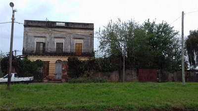 Casaquinta Av Rodo Dos Casas En Un Padrón Amplia Entrada Lat