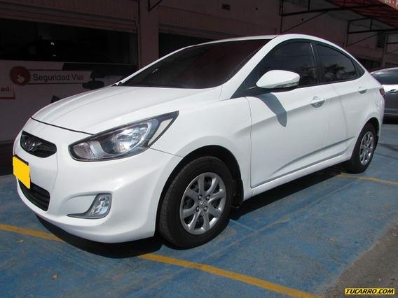 Hyundai I25 Sedan
