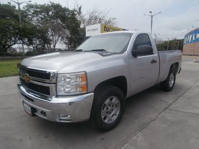 Chevrolet Silverado Full Equipo Lt