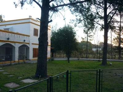 Casa Quinta Con Quincho Y Pileta