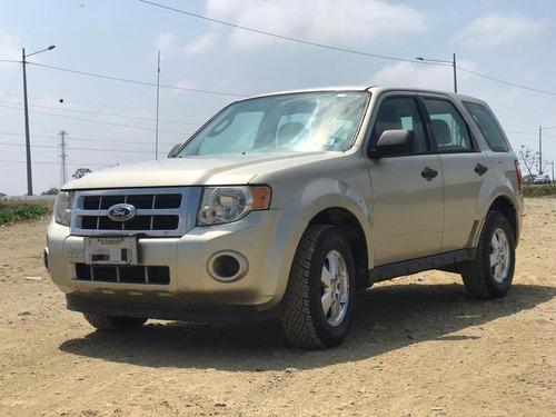 Vendo Flamante Ford Escape Xls 4x2 Año 2012
