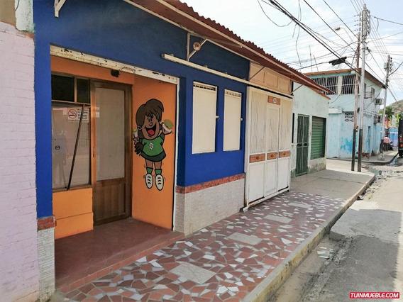 Conveniente Casa En Tierra Adentro.