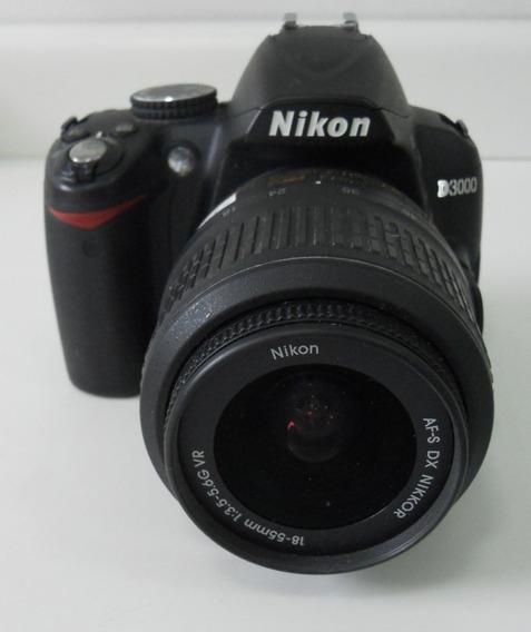 Câmera D3000 - Nikon