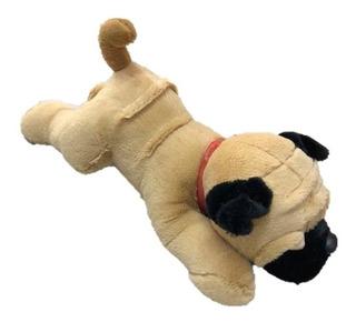 Perro Pug De Peluche Echado