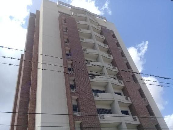Apartamento En Venta Centro De Barquisimeto #20-1474 As