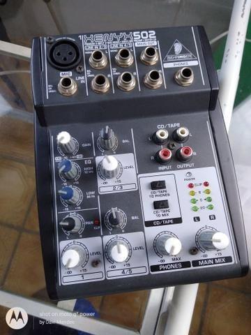 Mesa Behringher Xenyx 502 C/ 5 Entradas-phatom Power+pre-amp