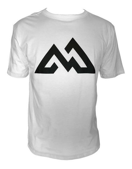 Camiseta Mountain Wear Branca / Cm06