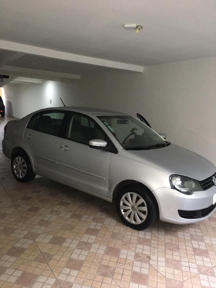 Volksvagem Polo Sedan 2012