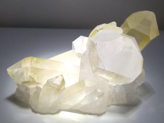 Raríssimo Cristal Amarelo Super Extra