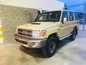 Toyota Land Cruiser Hzj76