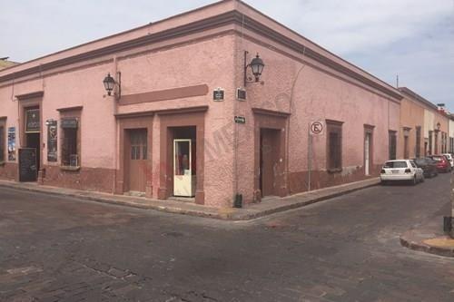 Venta De Casa, Centro Historico Queretaro Uso Comercial $10´000,000.00