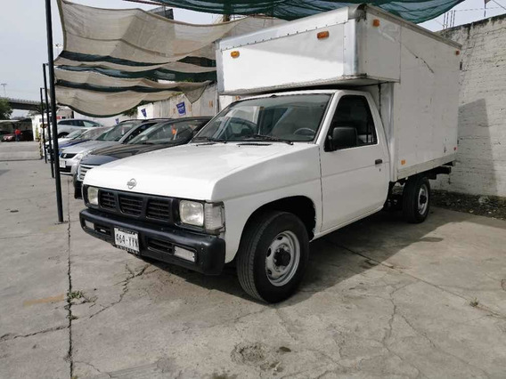 Nissan Pick-up Estandar Caja Seca