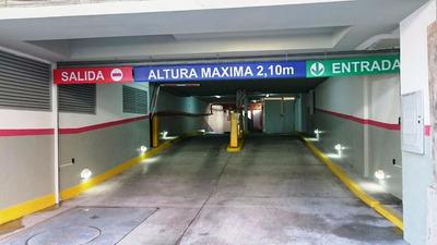 Cochera Fija En Belgrano. Acceso Con Control Remoto.
