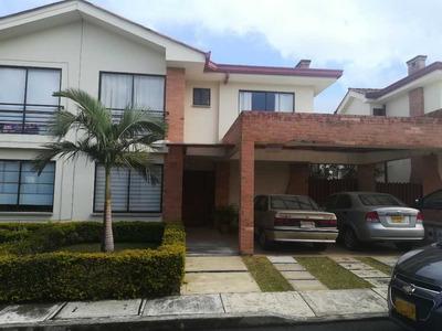 Vendo Casa En Portachuelo Unidad Residencial