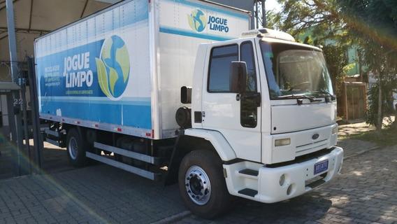 Ford Cargo 1722 Toco Com Baú Super Novo Rossatto Caminhões
