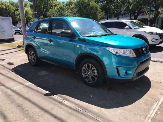Suzuki Vitara .