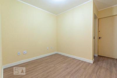 Apartamento No 3º Andar Com 1 Dormitório - Id: 892936230 - 236230