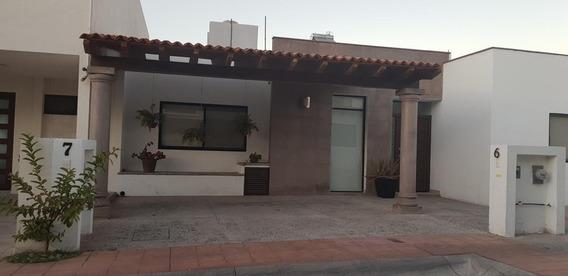Casa En Renta Amueblada En Pedregal De Shoensttat Queretaro Una Sola Planta. Rcr251120-jm