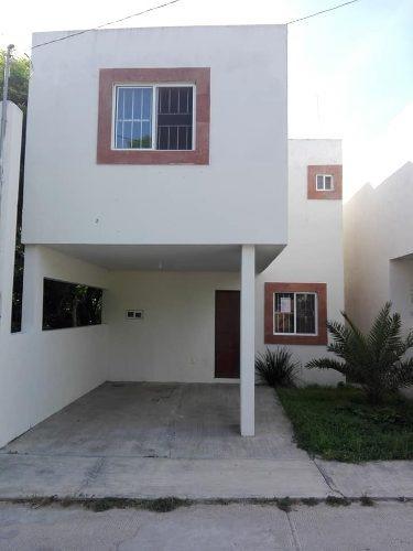 Casa En Venta Col. Las Brisas, Altamira, Tamaulipas