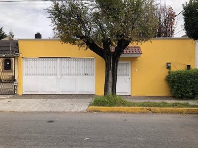 Venta De Casa En Metepec, Pilares