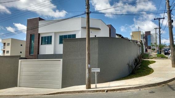 Casa Com 3 Quartos Para Comprar No Loteamento Campo Das Aroeiras Em Poços De Caldas/mg - 1712