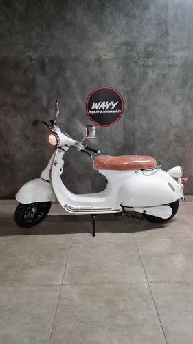 Imagem 1 de 5 de 3000w Wayy Vespa Moto Elétrica