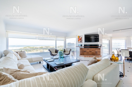 Penthouse Primera Fila Playa Brava- Ref: 3647