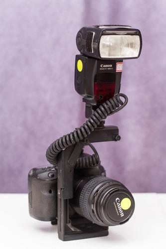 Suporte Flash Speedlight Retrátil Cabo Ttl Vello Flash Canon