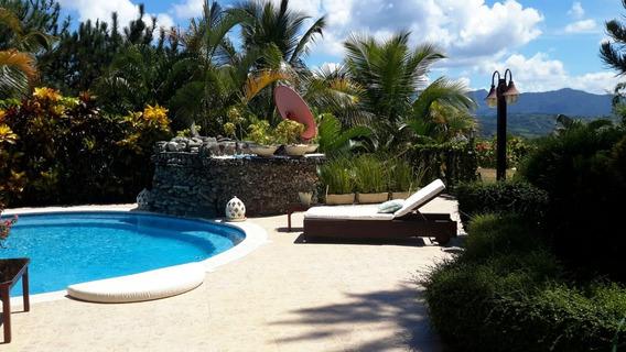 Casa De 3 Habitaciones En Villa Altagracia Con Vista Hermosa