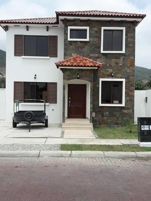 Alquilo Vía Casa Nueva Via A La Costa Casa Tipo Americano