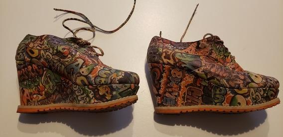 Zapatos De Cuero Taco Chino Grafiti.Marca Valkiria T 35 Amp