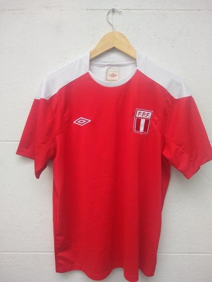 Camiseta Perú Umbro Entrenamiento