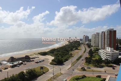 Apartamento En Venta Y Alquiler, Mansa, Punta Del Este, 3 Dormitorios. - Ref: 204717