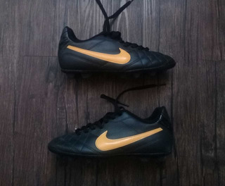 Tacos Para Fútbol Nike Tiempo Rio Talla 20.5 Cms Impecables