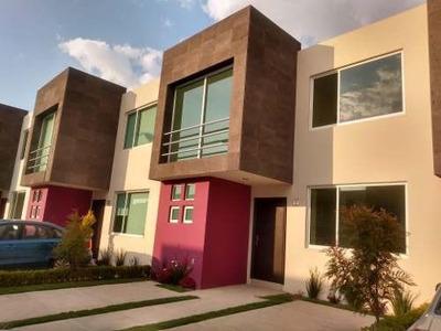 Casa Nueva En Renta En Paseo De Los Robles Zinacantepec