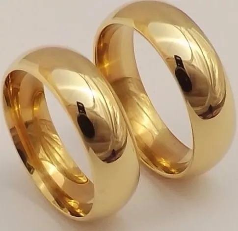 Par Aliança Foleada Ouro 3 Camadas 8 Mm Inox Antialérgica .
