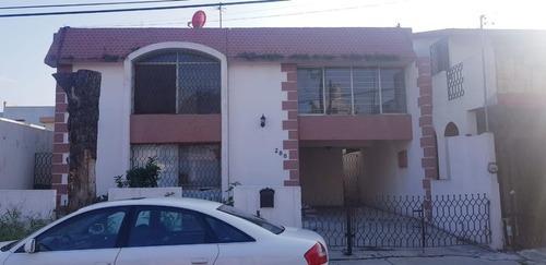 Casa En El Roble, San Nicolás De Los Garza