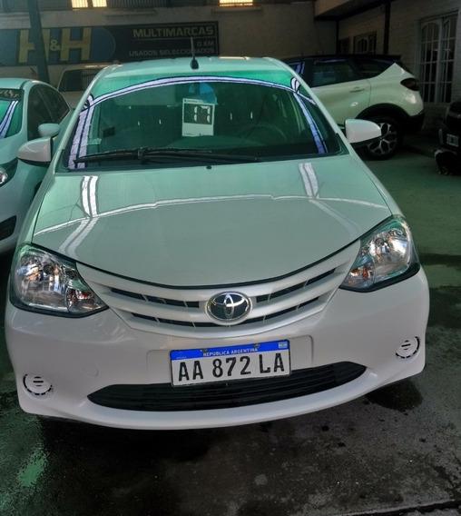 Toyota Etios X 1.5 6 M/t 4 P 2017