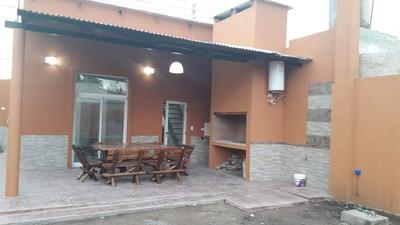 Casa De 3 Ambientes En Cañuelas