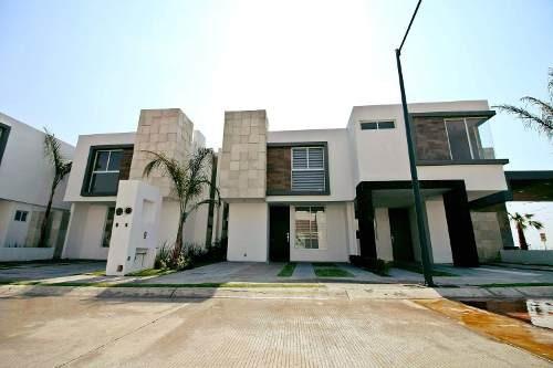 Se Renta Hermosa Casa En Juriquilla San Isidro, 3 Recamaras