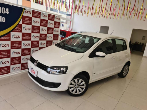 Imagem 1 de 8 de Volkswagen Fox 1.0 Mi Total Flex 8v 5p