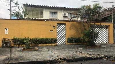 Casa 3 Suítes, Com Piscina, Próximo A Bola Do Mindú Pq10