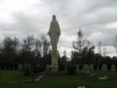 Dos Lotes Dobles En El Cementerio De La Inmaculada