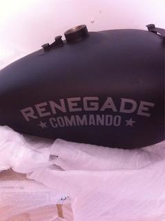 Tanque Moto Renegade Commando 9/10 Vendo O Cambio