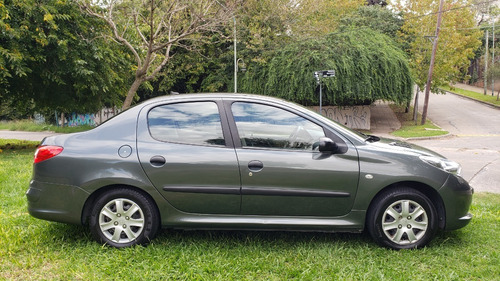 Peugeot 207 Compact Xr 1.4 2011 122.000km 4 Puertas Gnc